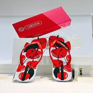 【婦人靴】海外で大人気!魅惑のビーチサンダル入荷